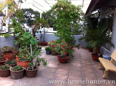 images/thumbnail/beautiful-1-bedroom-apartment-close-to-tan-dinh-market_tbn_1487148661.jpg