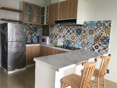 Brand-new and bright 1 bedroom service apartment