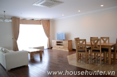 Fully furnished 3 bedroom, large size and modern.