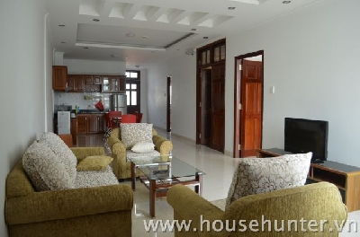 Luxury apartment for rent in Nguyen Cuu Van st, next to Dist. 1, 5 Mins by bike to Dist. 1, 120sqm featuring great layouts- 2-bedroom and 2 full-baths, with fully furnished, modern kitchens and modern luxury baths. Very quiet, there is rooftop terrace.