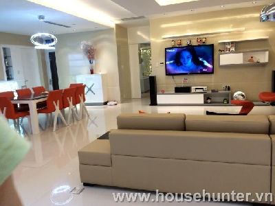 images/thumbnail/modern-and-luxury-saigon-pearl-penthouse-fully-furnished-great-view_tbn_1488183379.jpg