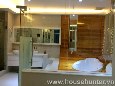 images/thumbnail/modern-and-luxury-saigon-pearl-penthouse-fully-furnished-great-view_tbn_1488183404.jpg