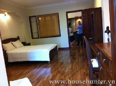 Service apartment for rent near Tan Dinh Market