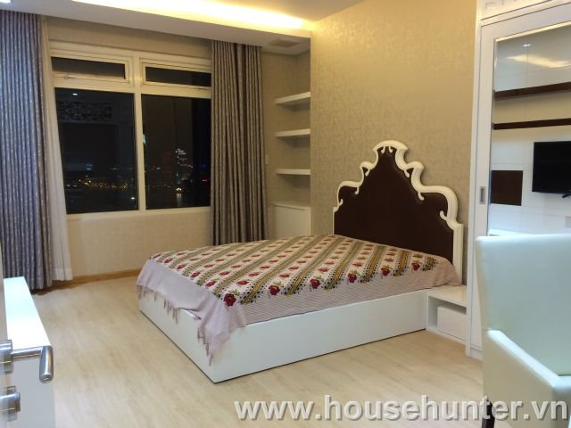 images/upload/modern-and-luxury-saigon-pearl-penthouse-fully-furnished-great-view_1488183360.jpg