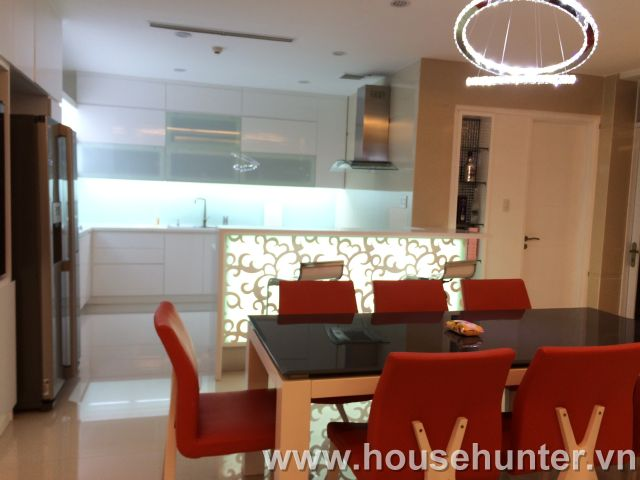 images/upload/modern-and-luxury-saigon-pearl-penthouse-fully-furnished-great-view_1488183387.jpg