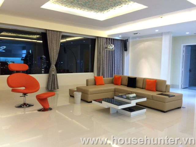 images/upload/modern-and-luxury-saigon-pearl-penthouse-fully-furnished-great-view_1488183398.jpg