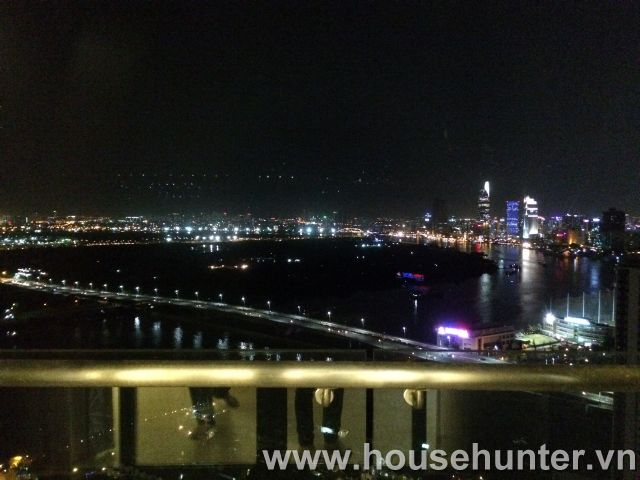 images/upload/modern-and-luxury-saigon-pearl-penthouse-fully-furnished-great-view_1488183425.jpg
